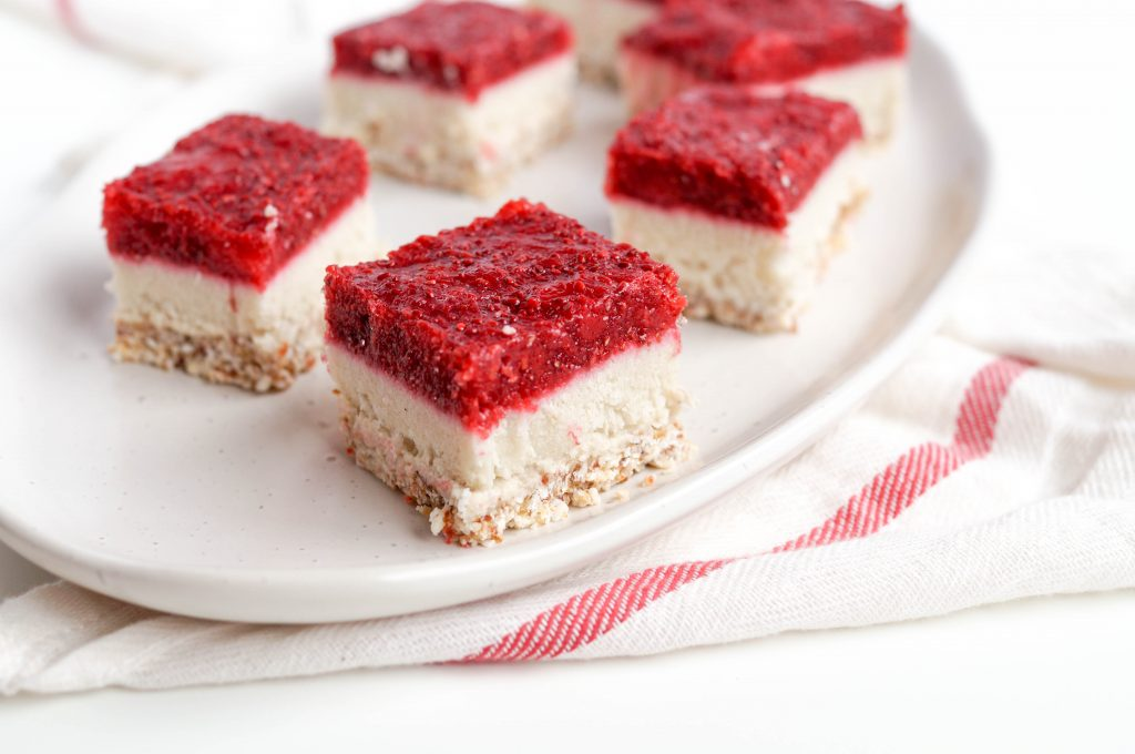 Raw Vegan Berry Cheesecake Bars (grain-free, gluten-free, refined sugar free, vegan & dairy free) A delicious dessert inspired by Valentine's Day but really perfect for any day!