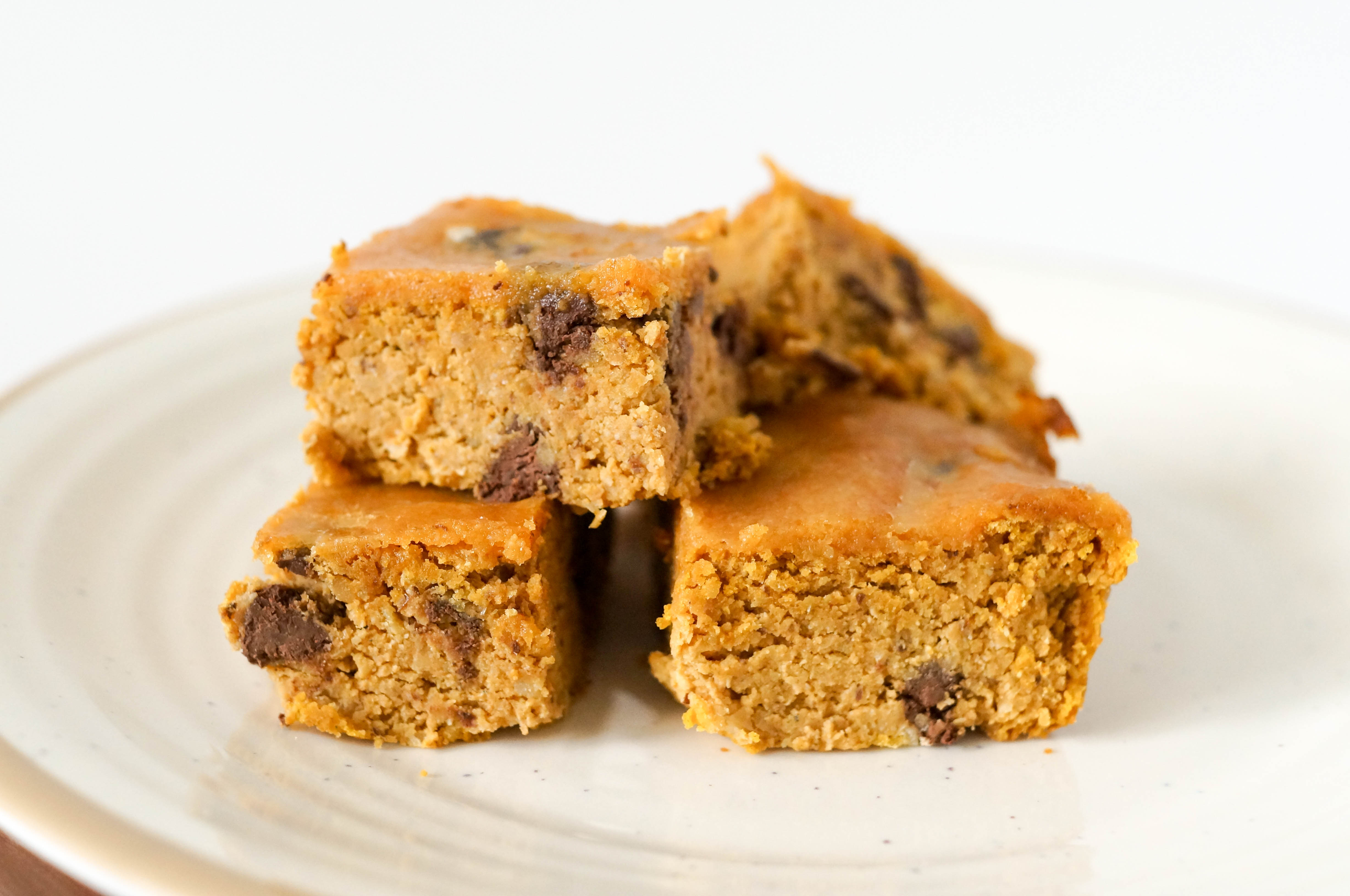 Vegan Grain-free Chickpea Pumpkin Blondies