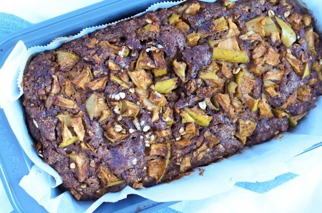 Apple Cinnamon Breakfast Bread