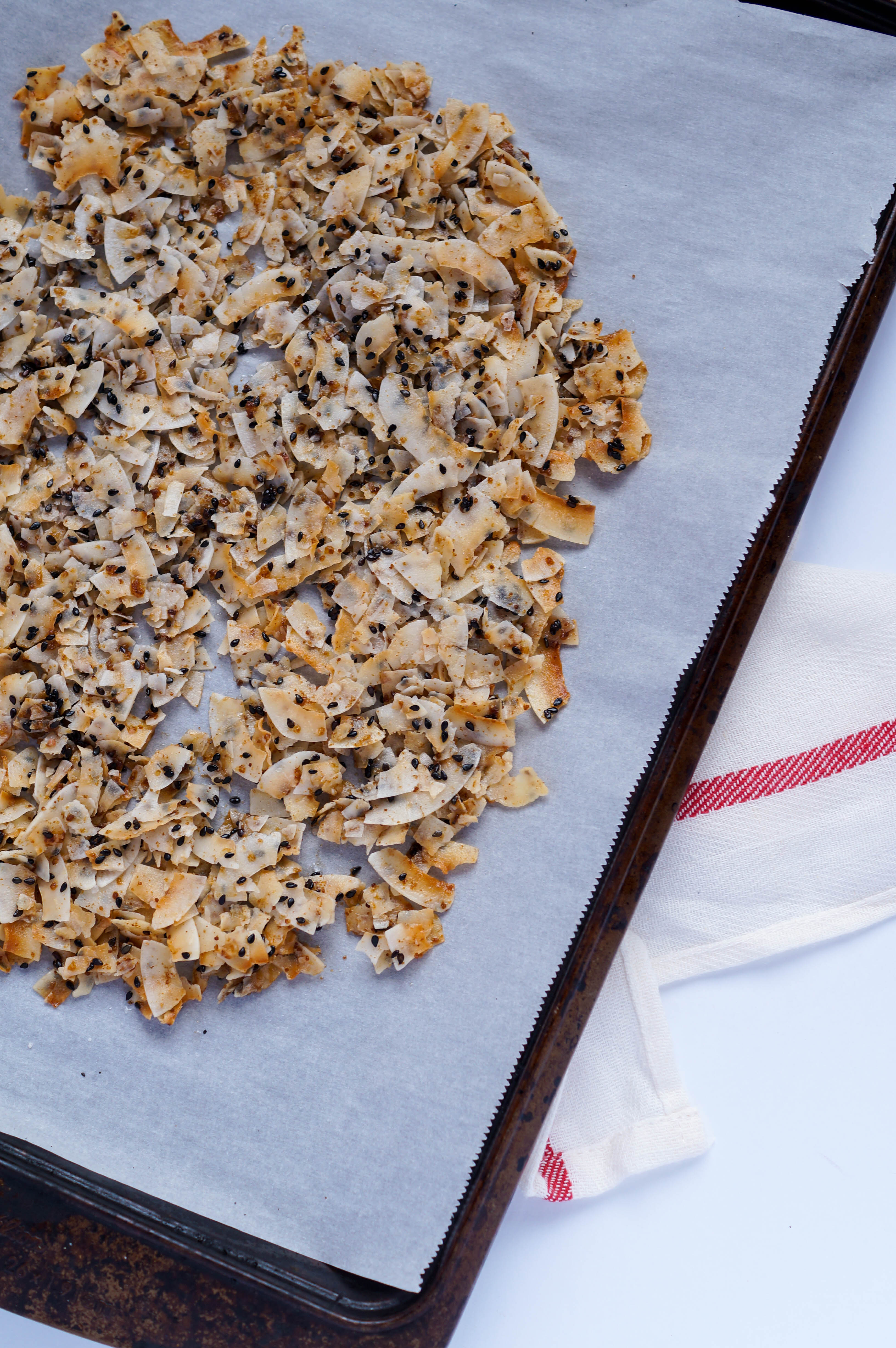 Toasted Sesame Coconut Clusters, Vegan, Gluten-free, No Refined Sugar. Such an easy snack that can be thrown together in less than 10 minutes!
