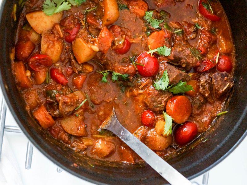 Easy Dutch Oven Beef Stew